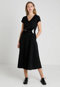 Neuw - RYDER DRESS LONG - Maxikleid - black - 2