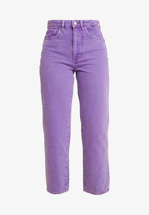 EDIE - Jeansy Straight Leg - purple