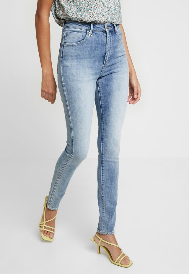 MARILYN - Jeansy Skinny Fit - light-blue denim