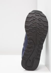 New Balance - GW500 - Zapatillas - blue navy - 5
