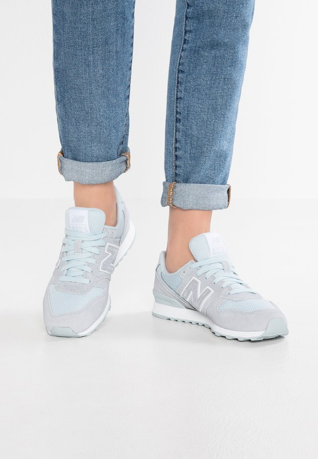 WR996 - Sneakers laag - light porcelain blue