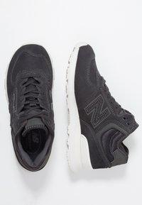 New Balance - WH574 - High-top trainers - phantom - 3