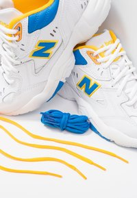 New Balance - Matalavartiset tennarit - navy/white