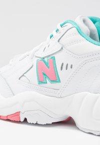 New Balance - Trainers - white/pink - 2