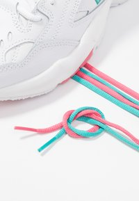 New Balance - Trainers - white/pink - 7