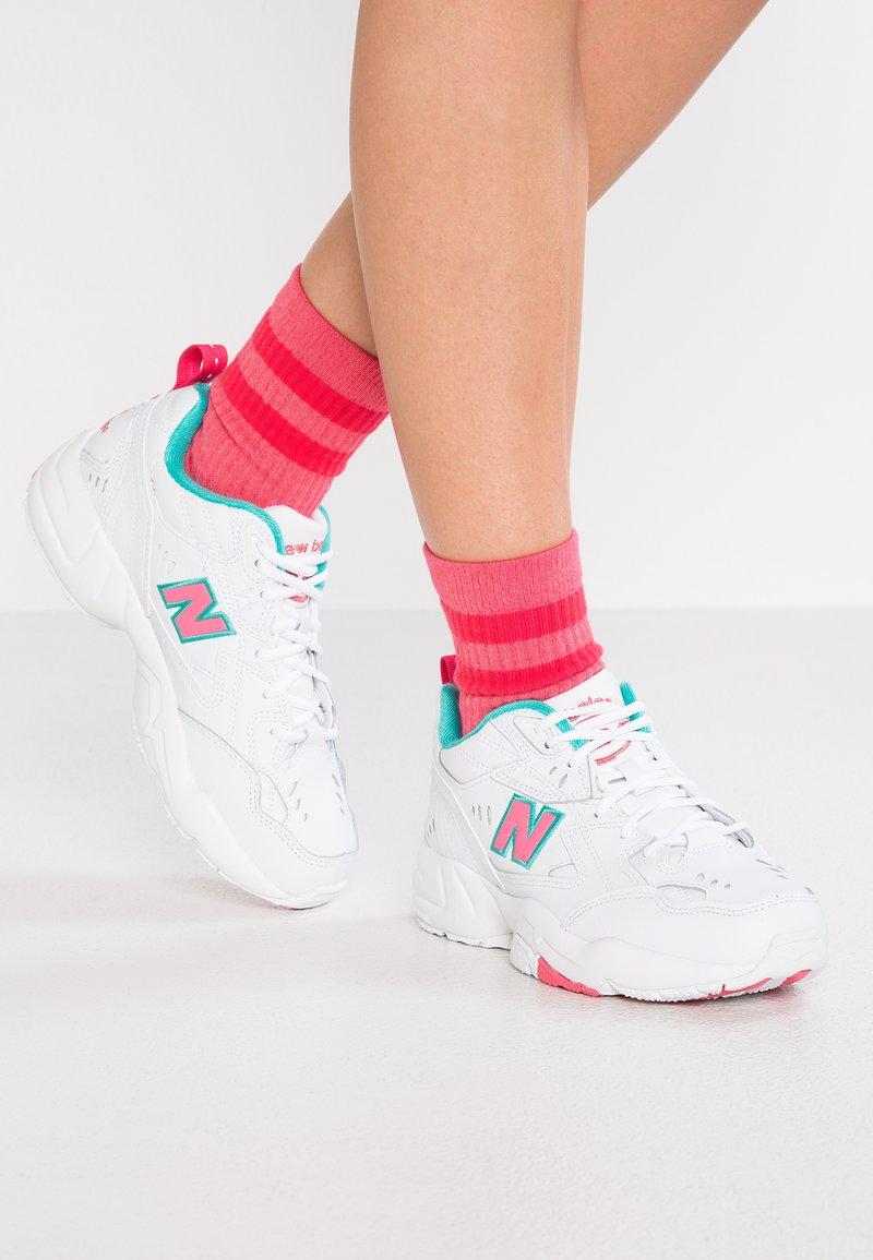 New Balance - Trainers - white/pink