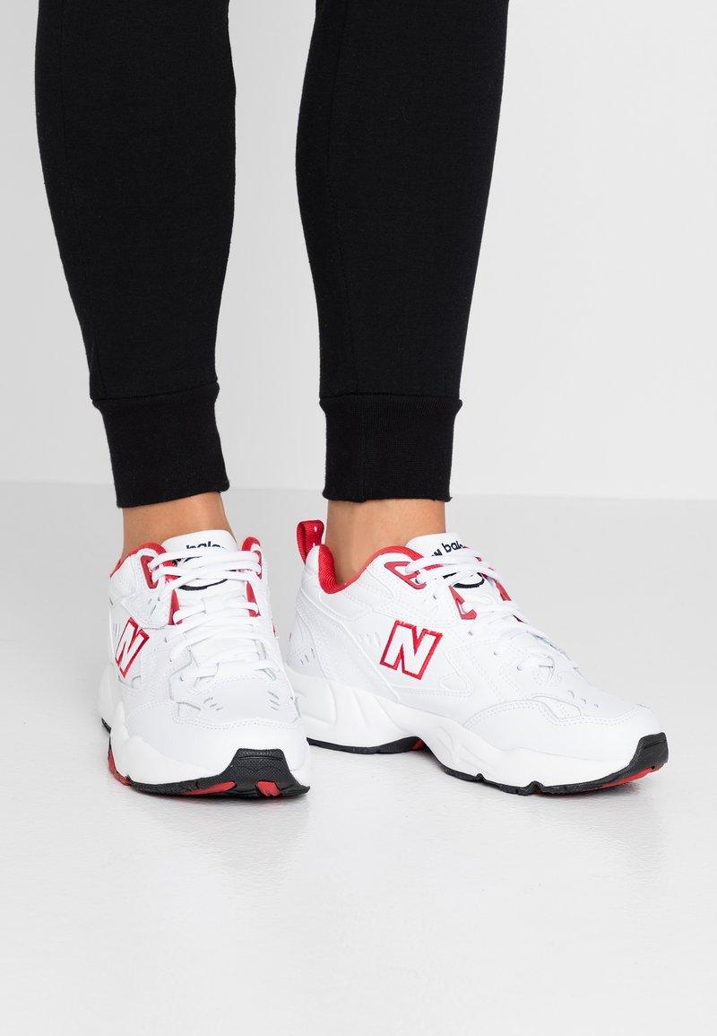 New Balance - Sneakersy niskie - white/red