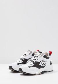 New Balance - WX608 - Sneakersy niskie - schwarz - 4