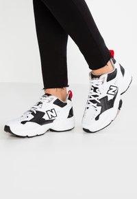 New Balance - WX608 - Sneakersy niskie - schwarz - 0