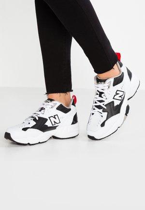 WX608 - Sneakers laag - schwarz
