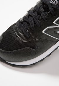 New Balance - GW500 - Sneakersy niskie - black - 2