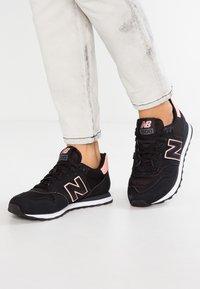 New Balance - GW500 - Sneaker low - black - 0