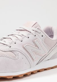 New Balance - WR996 - Sneakers laag - rose - 2