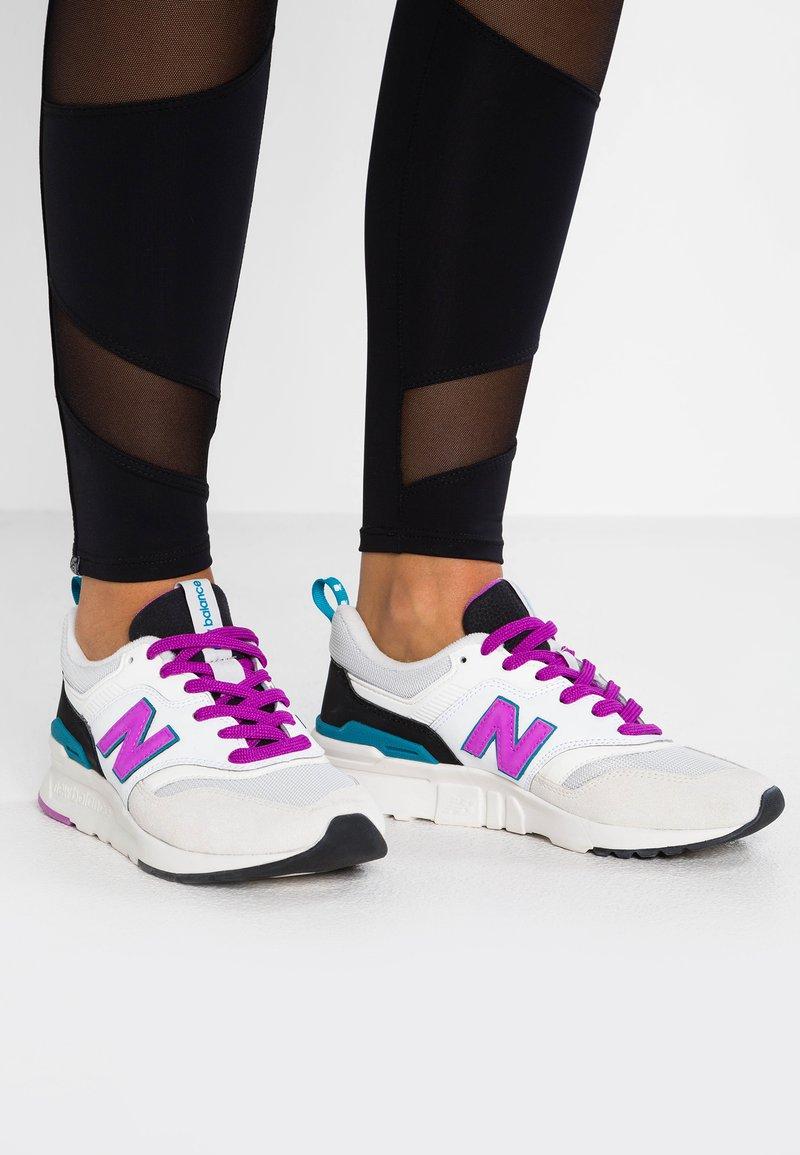 New Balance - CW997 - Sneakers - sea salt