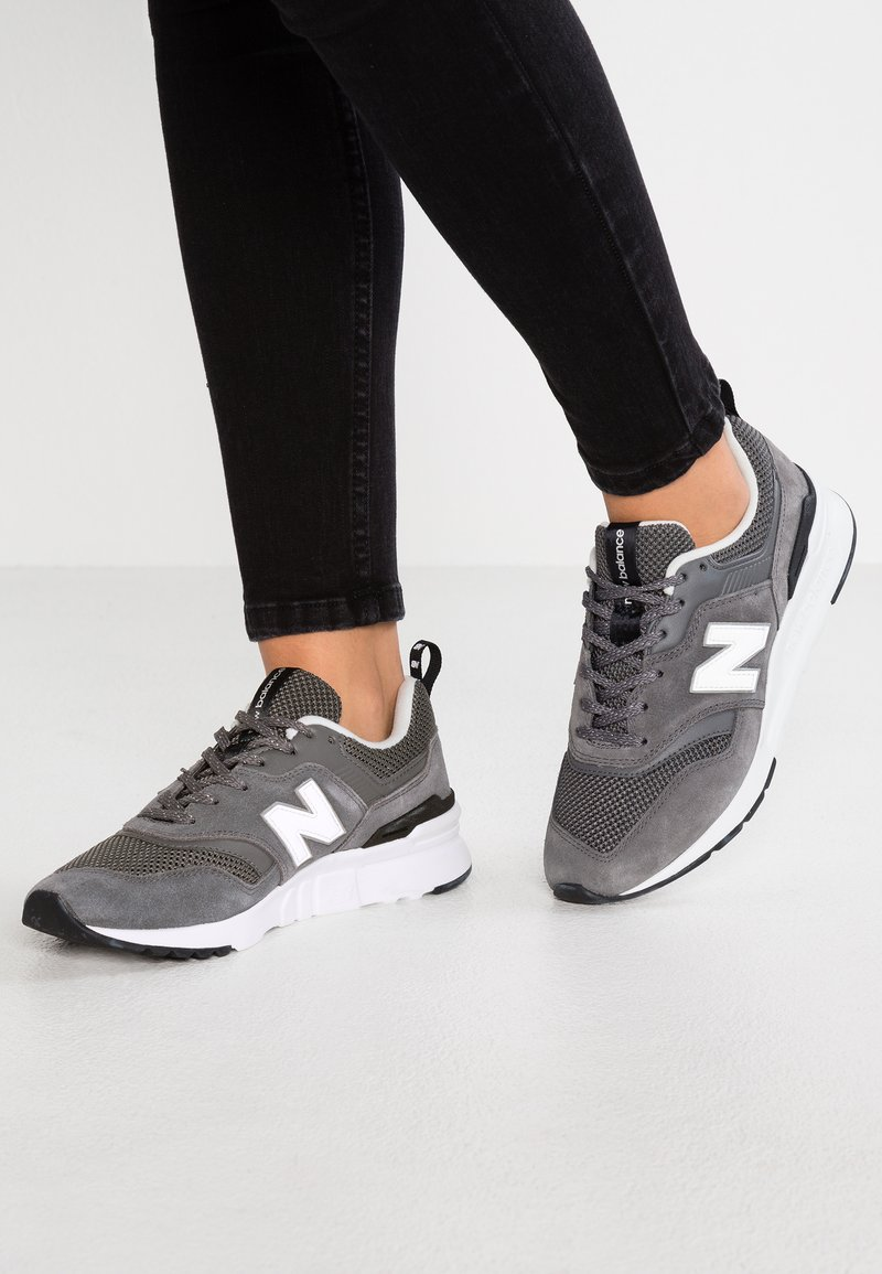 New Balance - CW997 - Trainers - castle rock