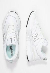 New Balance - CW997 - Sneakersy niskie - white/silver - 3