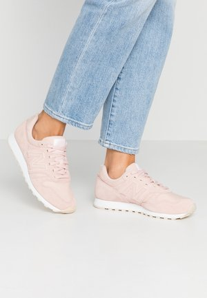 WL373 - Trainers - oyster pink