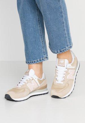WL574 - Sneaker low - hemp