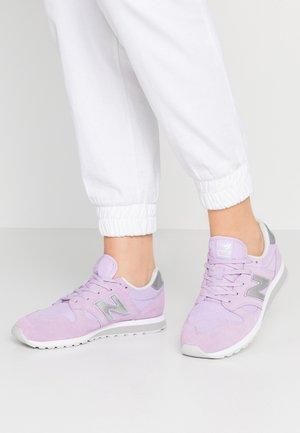 WL520 - Sneakers - violet glo