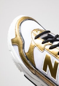 New Balance - X-RACER  - Sneakers - white/gold - 2