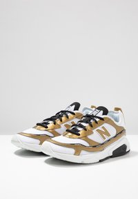 New Balance - X-RACER  - Sneakers - white/gold - 6