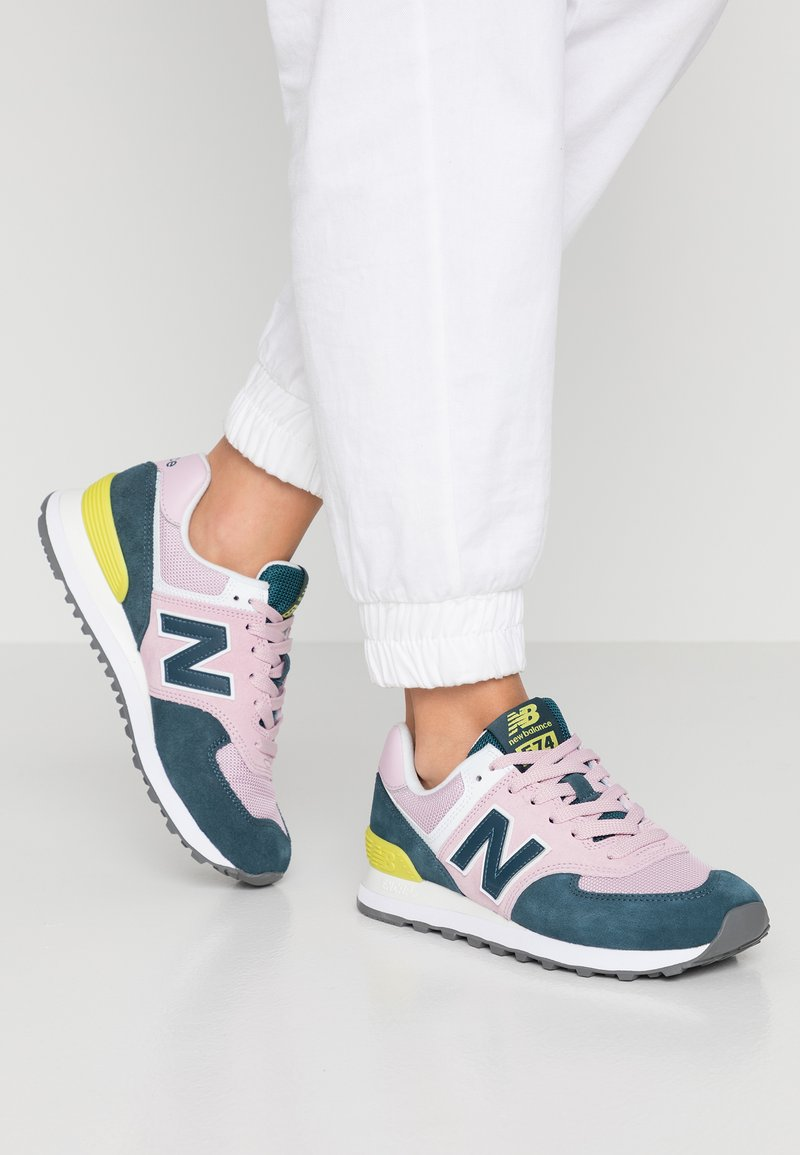 New Balance - WL574 - Trainers - pink/blue