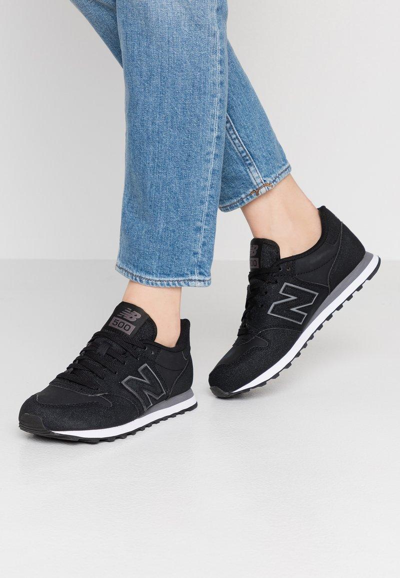 New Balance - GW500 - Trainers - black/grey