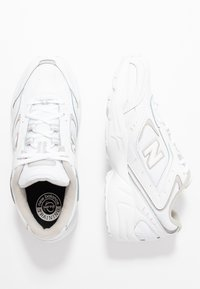 New Balance - WX452 - Matalavartiset tennarit - white/grey
