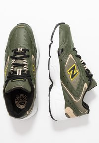 New Balance - WX452 - Trainers - green - 5