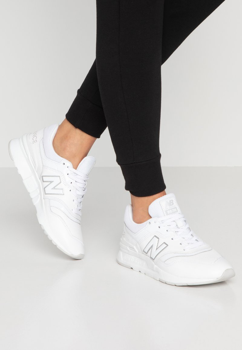 New Balance - Sneaker low - white
