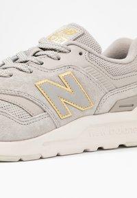 New Balance - Sneaker low - grey - 2