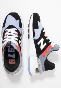 New Balance - Zapatillas - black/purple - 3