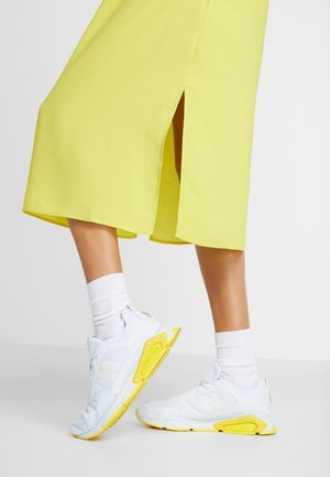 X-RACER  - Trainers - white