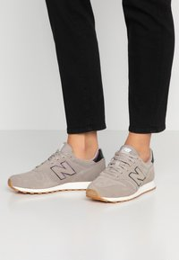 New Balance - Sneakers basse - grey - 0
