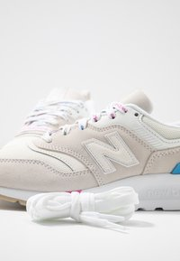 New Balance - CW997 - Zapatillas - offwhite - 7