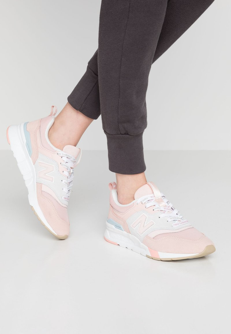 New Balance - CW997 - Zapatillas - pink/grey
