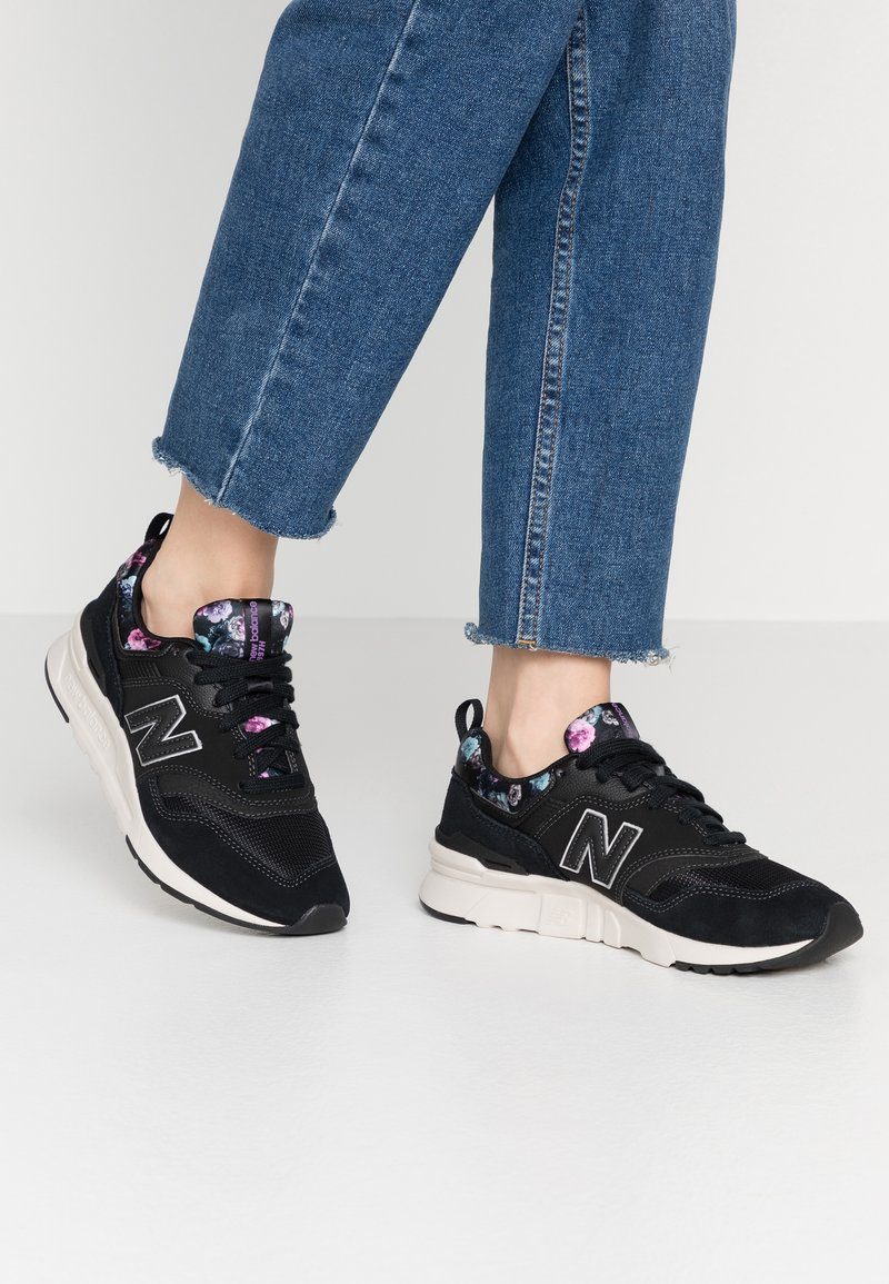 New Balance - 997 - Trainers - black/purple