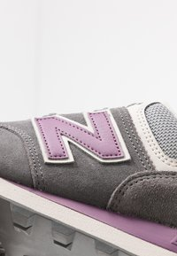 New Balance - 574 - Trainers - grey - 2