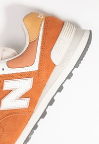 New Balance - 574 - Sneakers - brown - 2