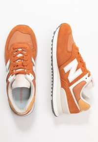 New Balance - 574 - Sneakers - brown - 3
