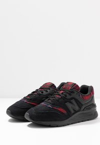 New Balance - 997 - Trainers - black/red - 4