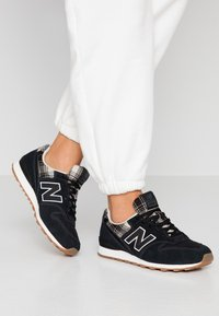 New Balance - Trainers - black - 0