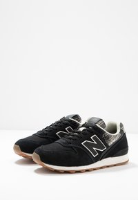 New Balance - Trainers - black - 4