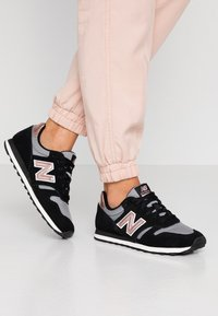 New Balance - 373 - Zapatillas - black - 0