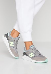 New Balance - 009 - Sneakers - grey - 0