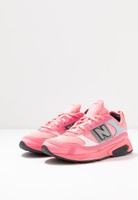 New Balance - X-RACER - Sneakers - pink - 6