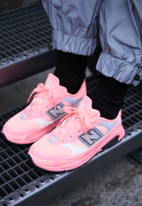 New Balance - X-RACER - Sneakers - pink - 4