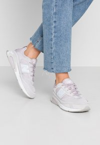 New Balance - X-RACER - Baskets basses - purple - 1