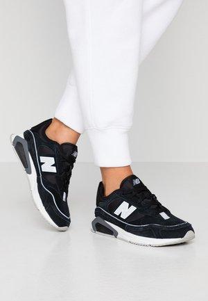 X-RACER - Sneakers - black