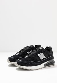 New Balance - X-RACER - Sneakers - black - 4